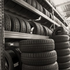 Comment bien choisir ses pneus parmi les différents types proposés par les manufacturiers ?