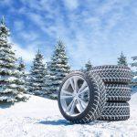 Changer ses pneus en hiver : pneus neige ou pneus 4 saisons ?