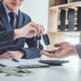 Quelles vérifications faire avant d'acheter une voiture d'occasion ?